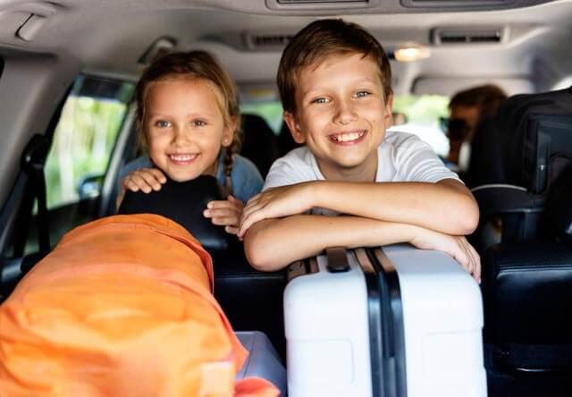 10 jeux amusants en anglais à faire en voiture avec les enfants