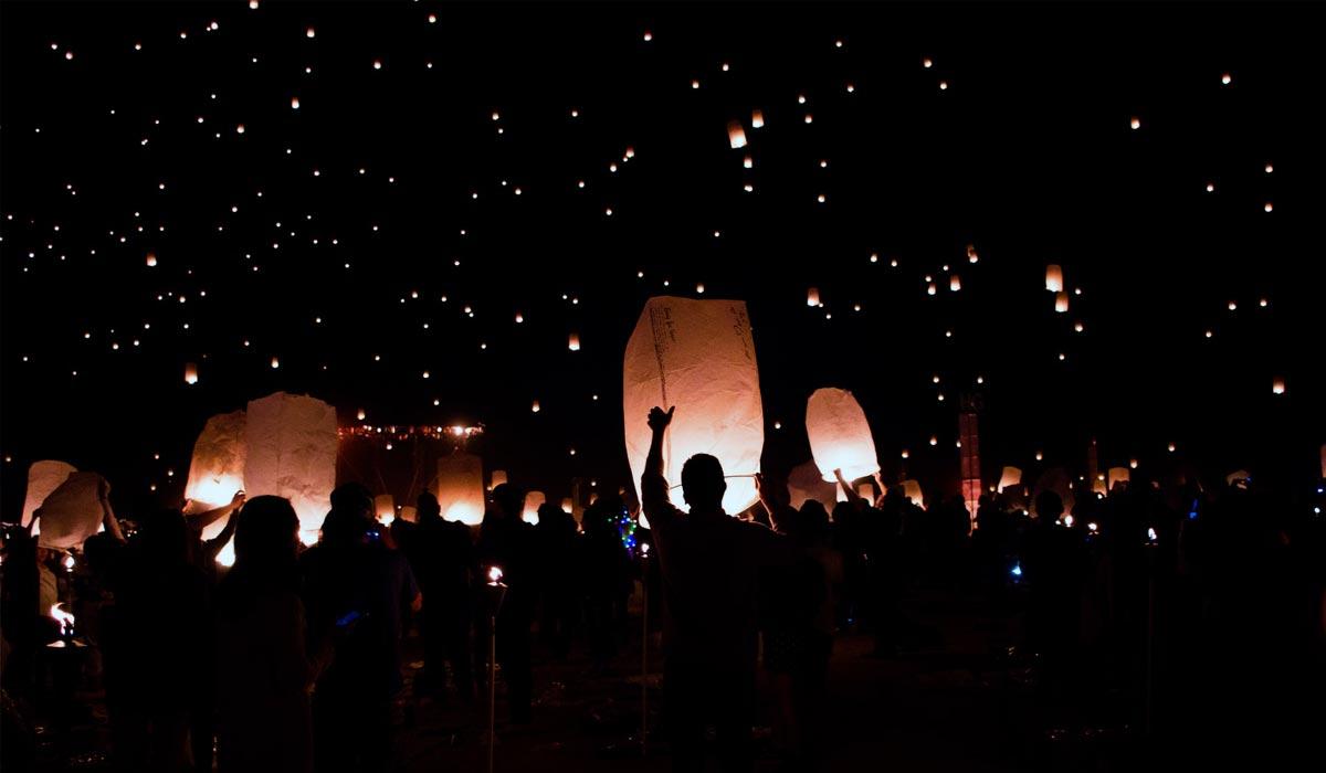 Le Nouvel An dans le monde : traditions et rituels en famille pour la nuit de la Saint-Sylvestre
