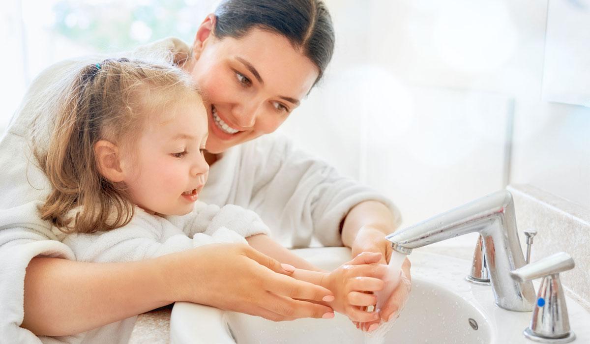 Activités pour célébrer la Journée mondiale du lavage des mains avec les enfants